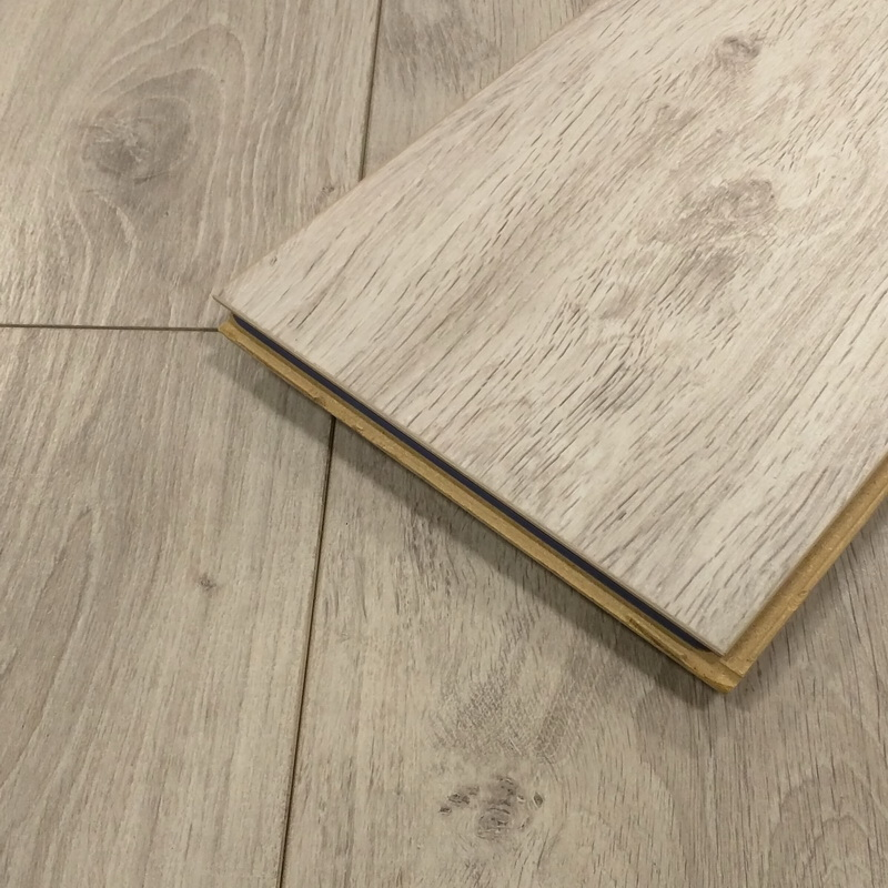 Kronoswiss  Cordoba Oak 12mm Laminate