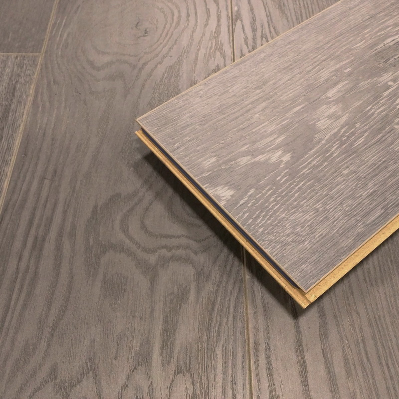 Kronoswiss Grand Selection  Oak Umber 12mm Laminate