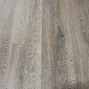 Kronoswiss Grand Selection  Copper Oak AC5 12mm Laminate