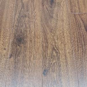 Egger Pro Lasken Oak 12mm Laminate