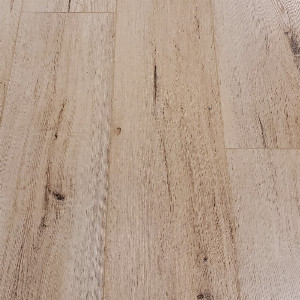 "Vinyl 6.8mm KingStone Grand Click 9"" x 59"" Trento"